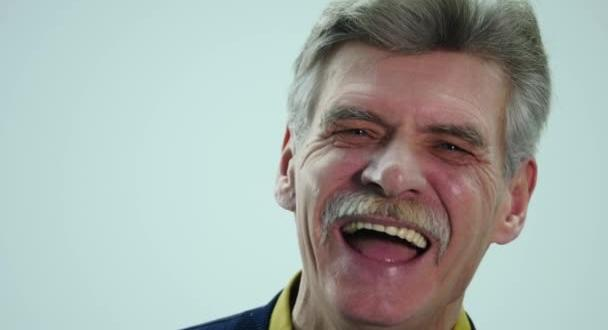f4f5888f5 Prevenção é o maior aliado da saúde bucal do idoso - oreporter.net ...